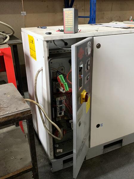 Assistenza-compressore-industriale-a-vite